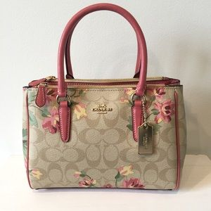 COACH floral mini surrey carryall. NWT!💕